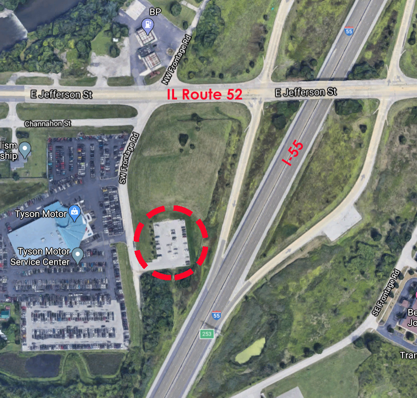 Overhead Image of the IDOT Shorewood Park-n-Ride lot.