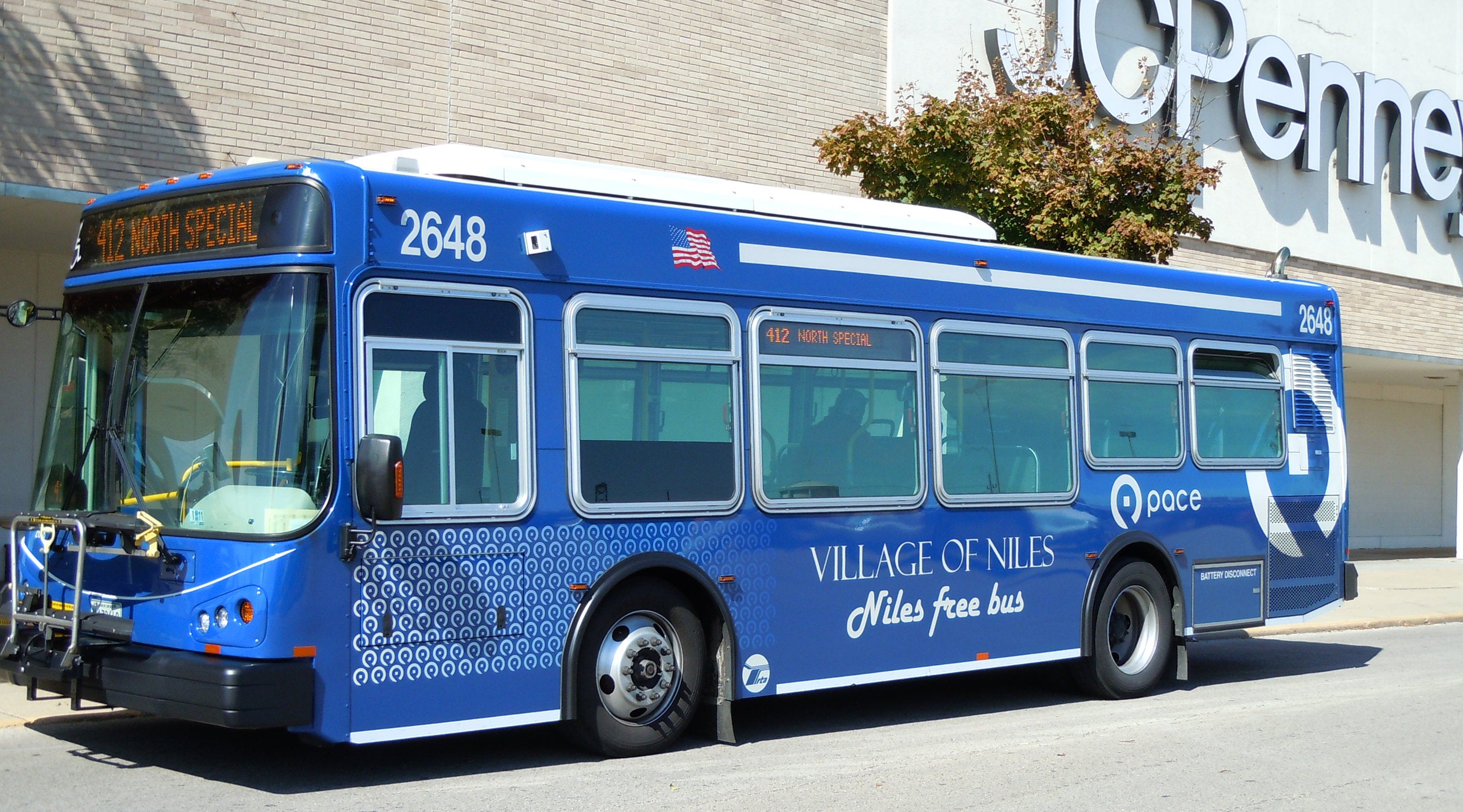 Image of Niles Free Bus Outside of JCPenney at Golf Mill Mall